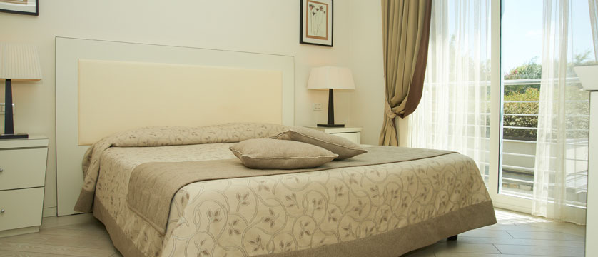 Hotel Germano, Bardolino, Lake Garda, Italy - Bedroom.jpg